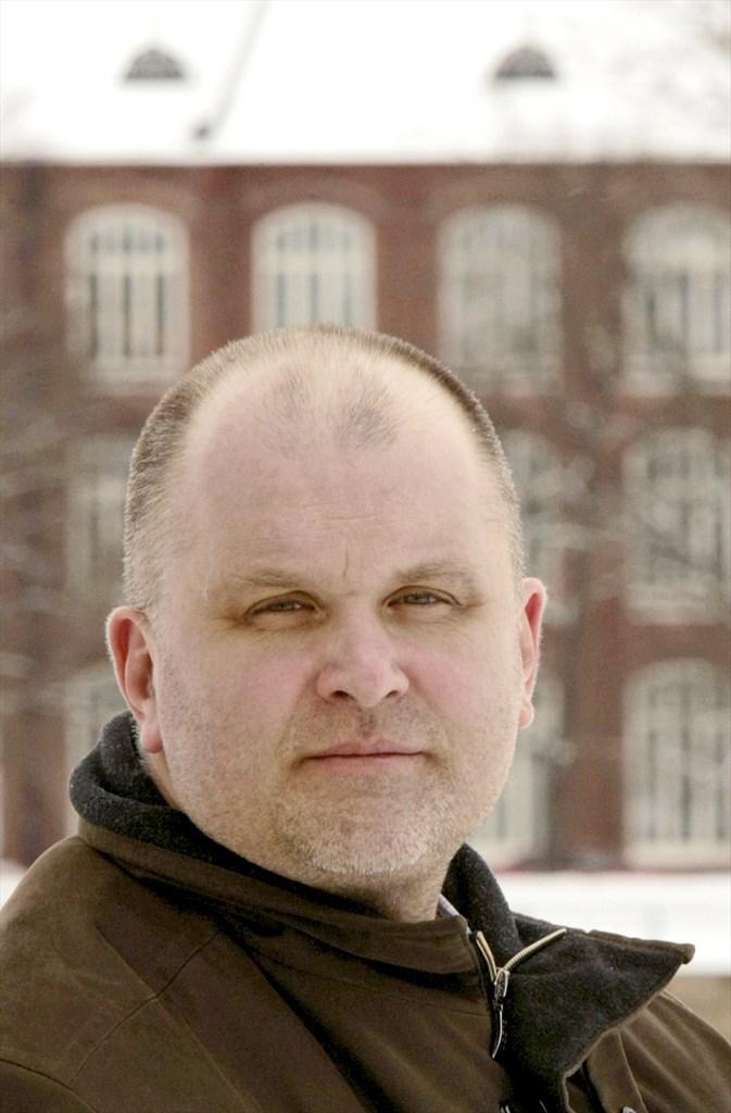 Matti Apunen Aamulehdestä Evaan, tilalle Jouko Jokinen - Kotimaa - Turun Sanomat