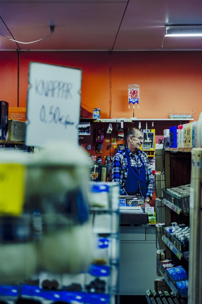 Empleo en Finlandia de Asistentes de venta de tiendas y almacenes