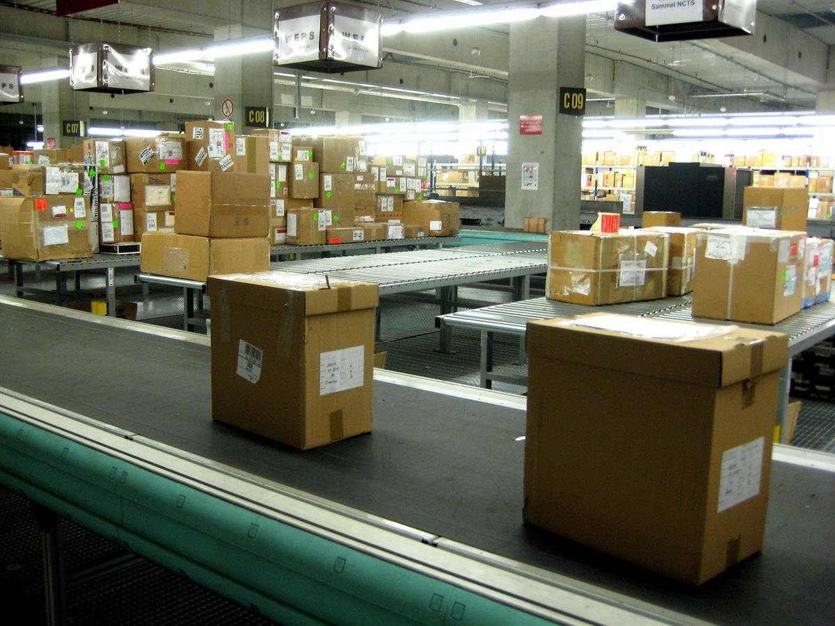 posti ulkomaan paketti seuranta Harjavalta