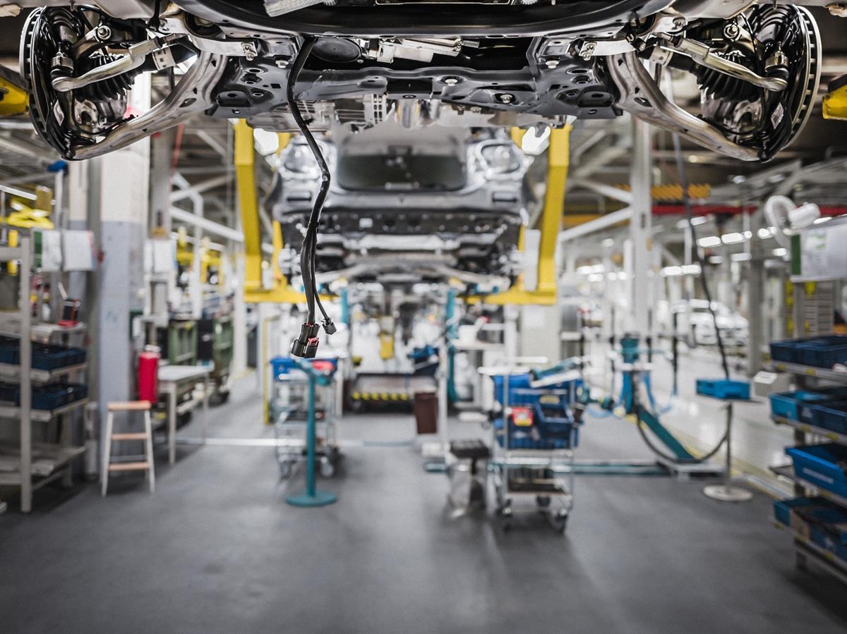 Uudenkaupungin autotehdas palkkaus