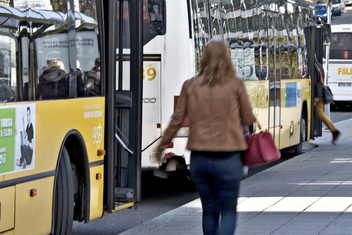 Turun seudun joukkoliikenne kerää matkustajien kokemuksia - Paikalliset - Turun Sanomat