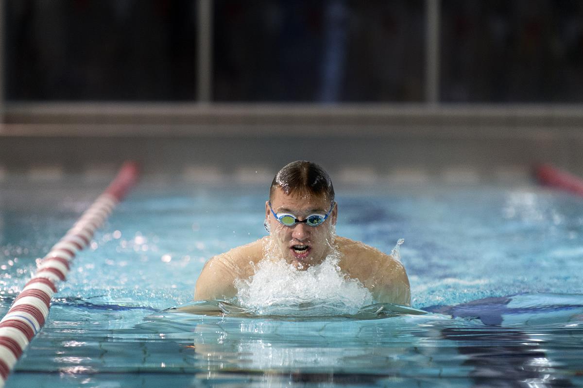 Mattsson jahtaa taas tuloksia – katso kuvagalleria uintimaajoukkueen leiriltä - Urheilu - Turun ...