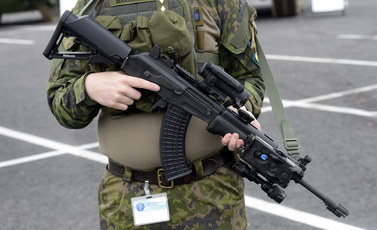Luvallisen Aseen Luovutus Poliisille
