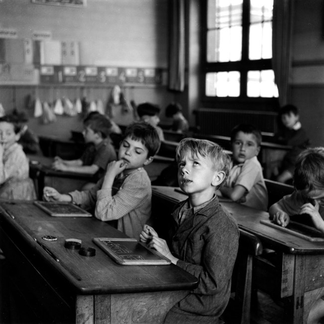 Oppitunti – L'information scolaire, Pariisi 1956.