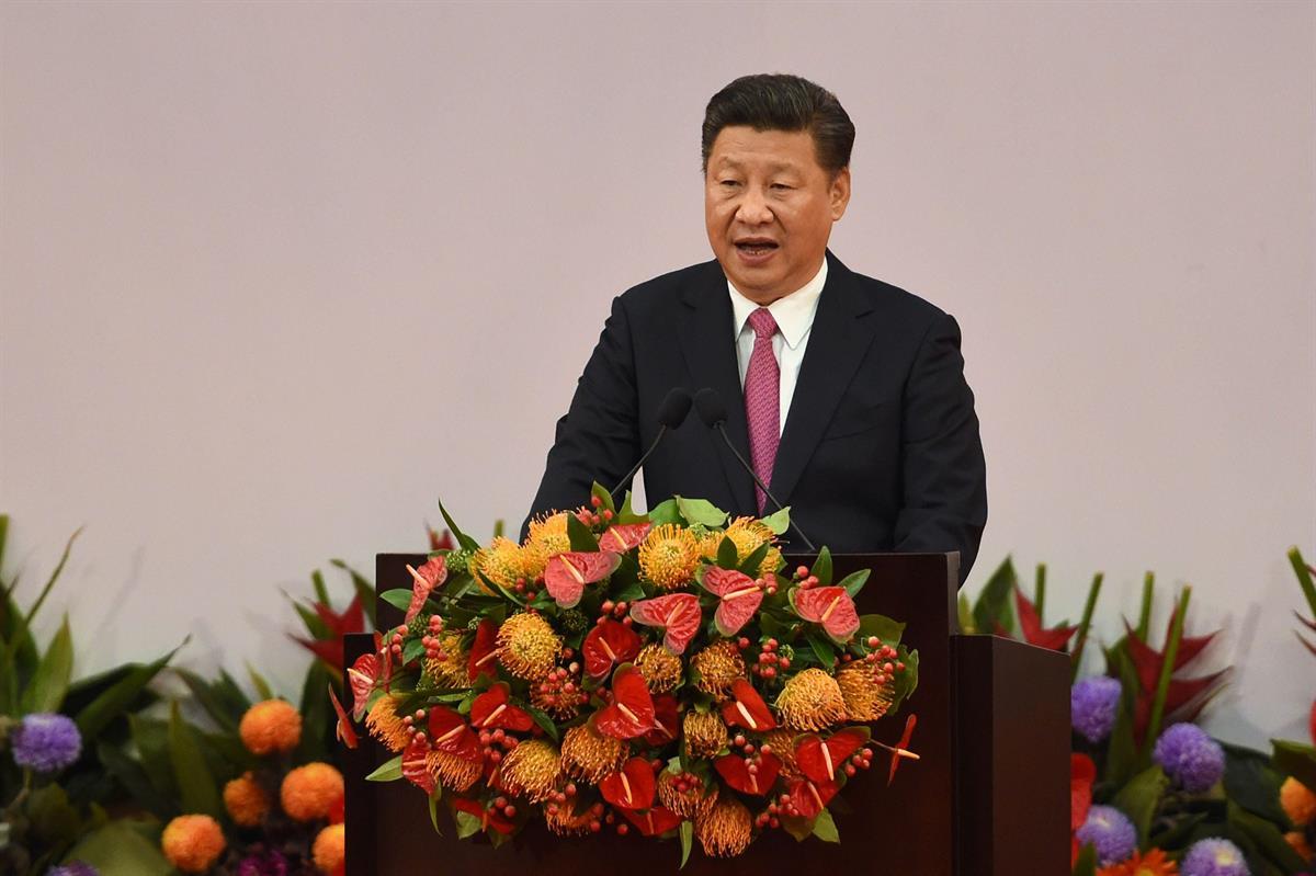 Kiinan presidentti Xi varoitti Hongkongia keskushallinnon haastamisesta - Maailma - Turun Sanomat