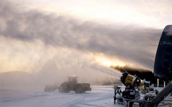Pitäisikö arvokisavuosina Tour de Ski siirtää hiihdettäväksi ennen joulua?