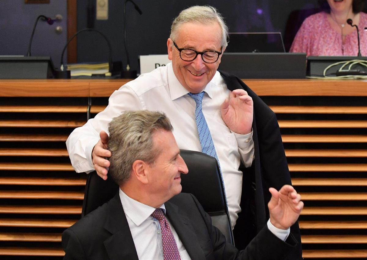 Luonnehdittu kovaksi juomariksi –Junckerin työkykyä on epäilty toistuvasti viime vuosina