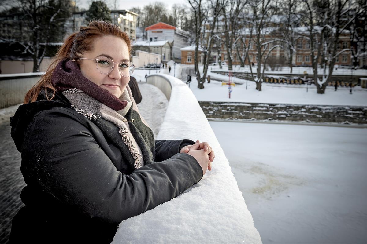 Yksityinen työnvälittäjä työllisti Turussa vuodessa 2000 työtöntä – ministeri Lindström kehuu Työelämän Infopistettä