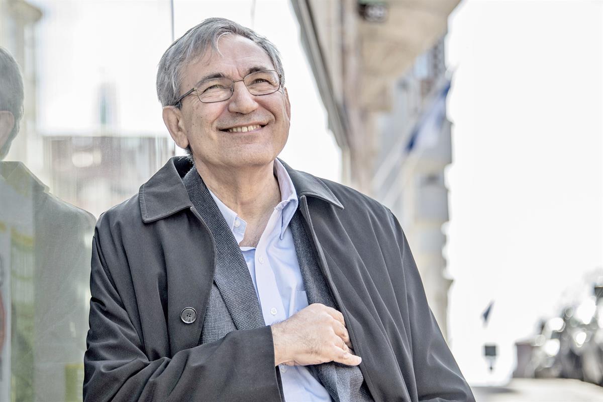 Kirja-arvio: Idän ja lännen myytit kohtaavat Orhan Pamukin uudessa romaanissa