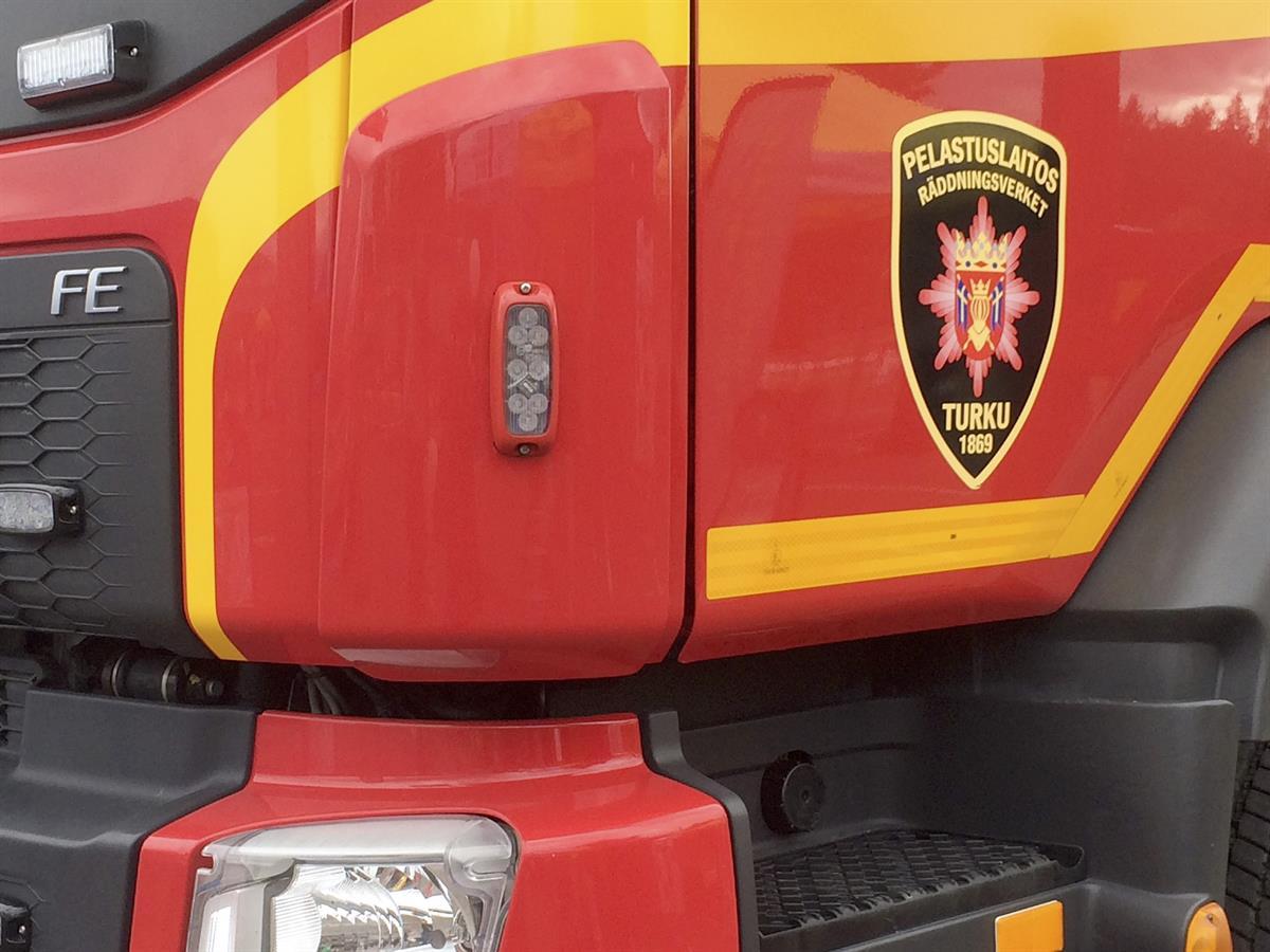 Kolmen auton ketjukolari Kehätiellä Liedossa – ei loukkaantuneita