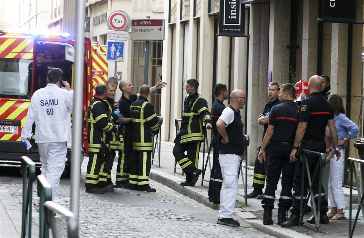 Lyonissa kirjepommi haavoittanut useita ihmisiä – kukaan ei ole kuollut