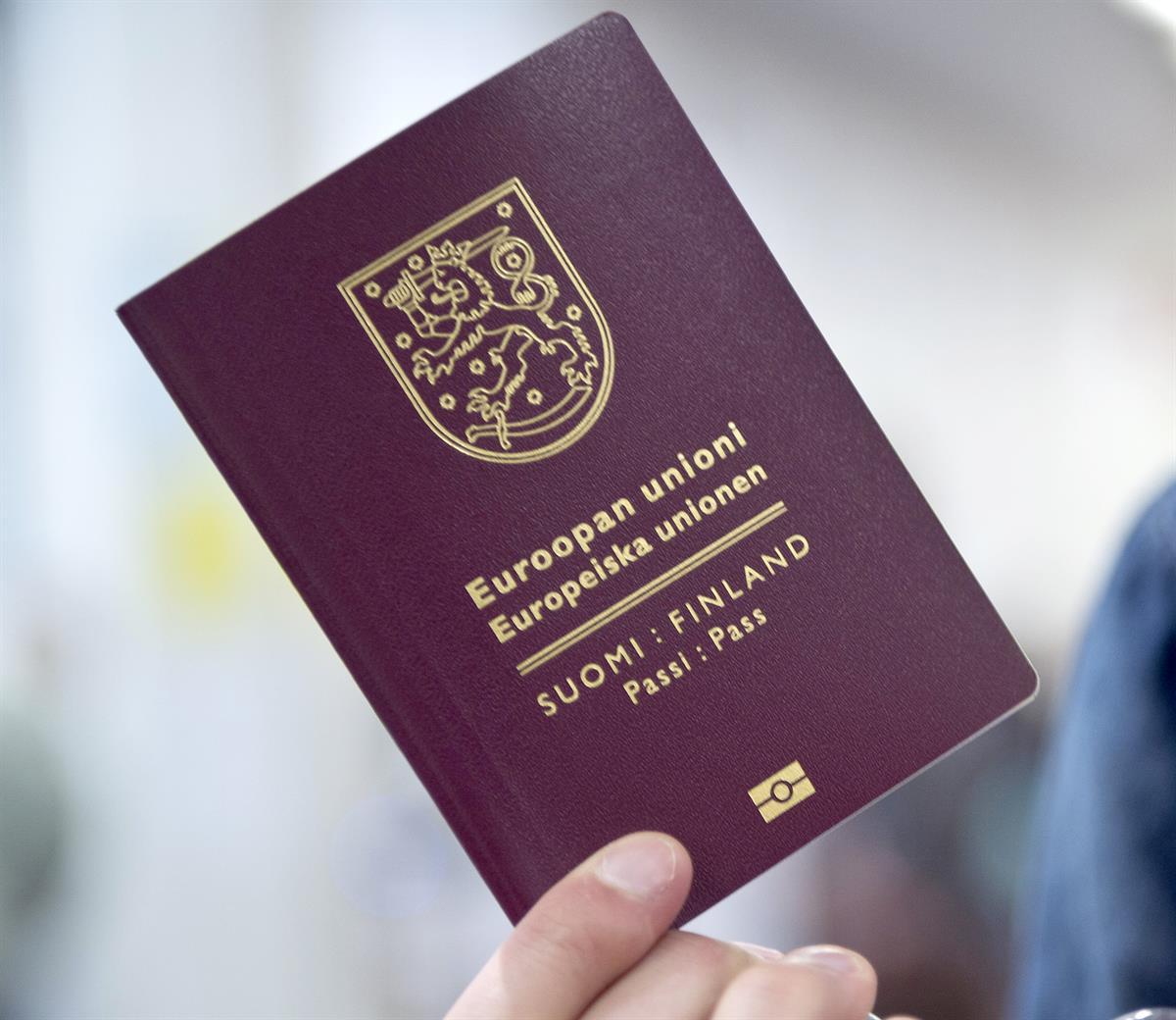 Tilaa Uusi Passi