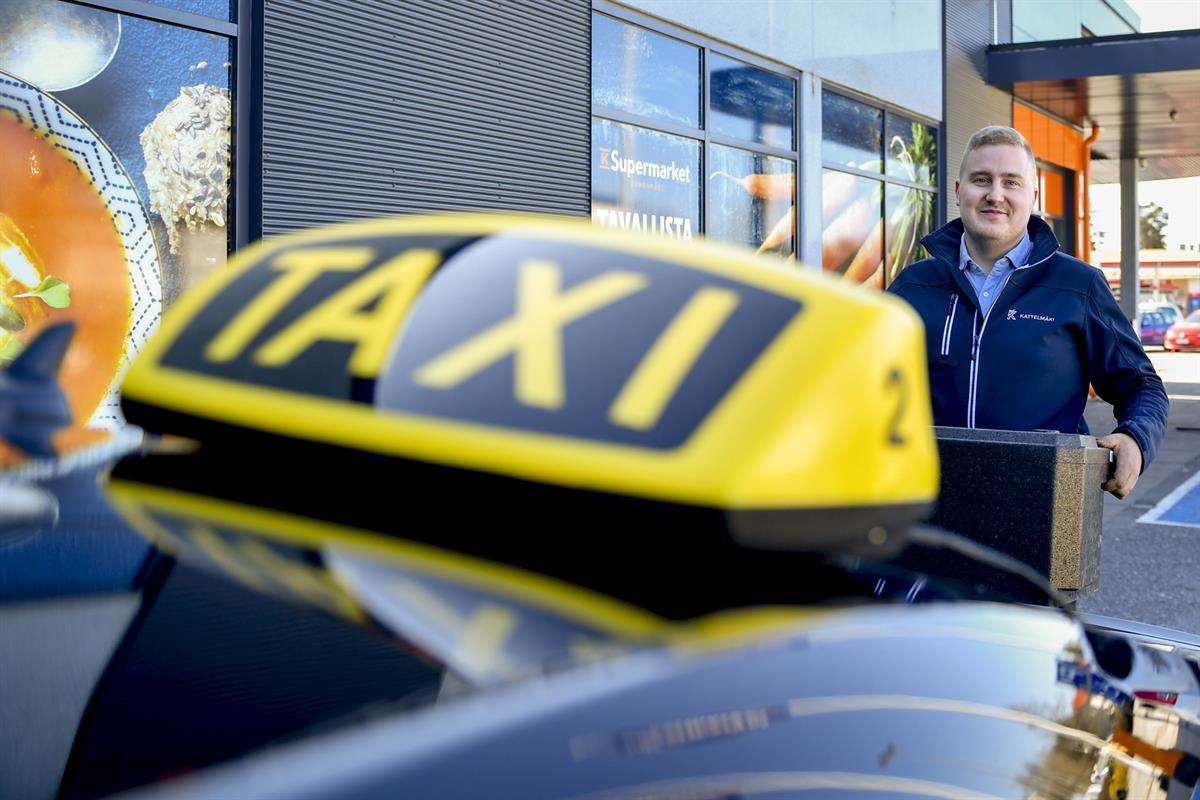 Taksiyrittäjä