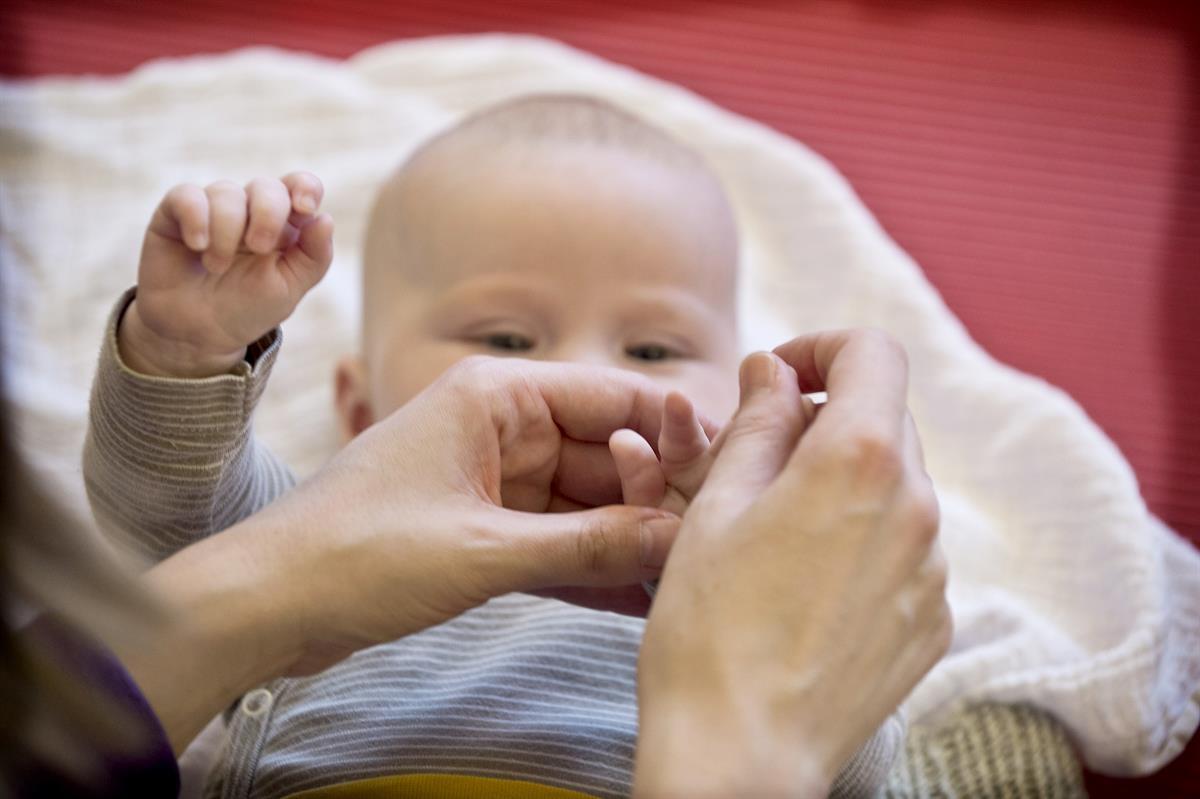 Lasten suojelun toteutuminen vaatii läsnäolon vahvistamista