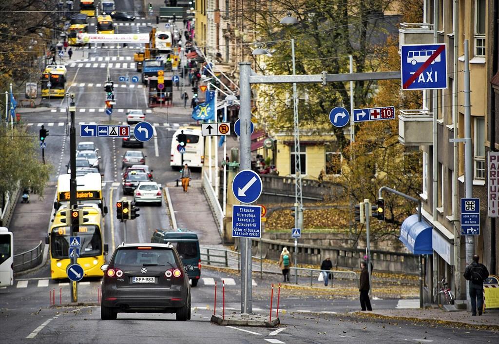 Liikenteenjakaja